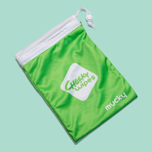 Cheeky Wipes op stap tasje voor vuile doekjes nieuw - De Luierhoek, wasbare luiers