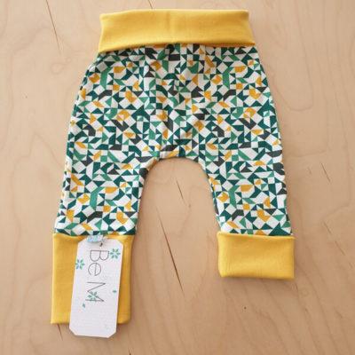 BeM newborn broekje geometrics yellow