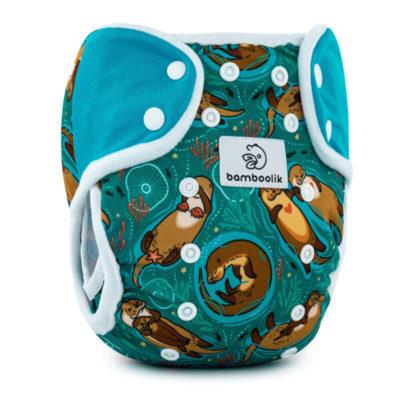 Overbroekje Bamboolik Duo Inverse Otters in love + turquoise drukknopen - De Luierhoek, wasbare luiers